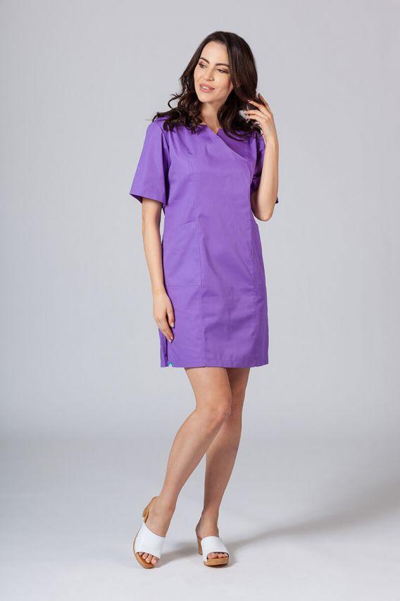 sukienki Sukienka medyczna damska klasyczna Sunrise Uniforms fioletowa