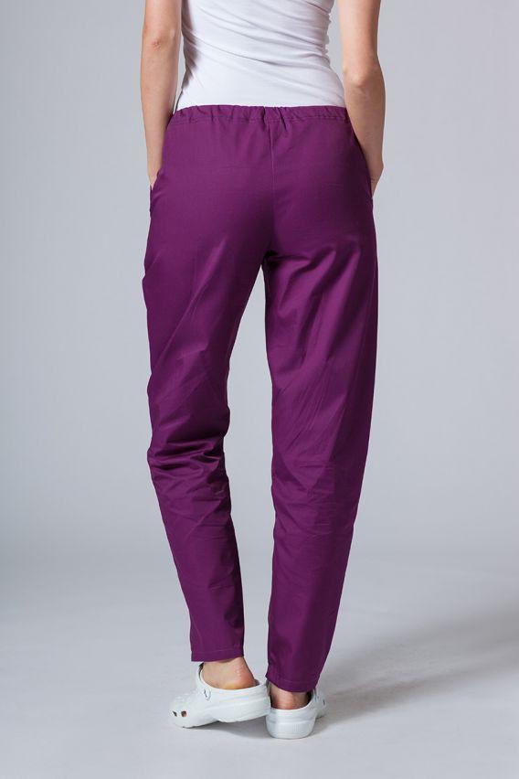 spodnie-medyczne-damskie Spodnie medyczne uniwersalne Sunrise Uniforms ciemna oberżyna