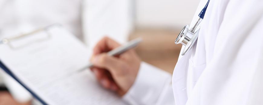 Prowadzenie i przechowywanie dokumentacji medycznej – najważniejsze zasady